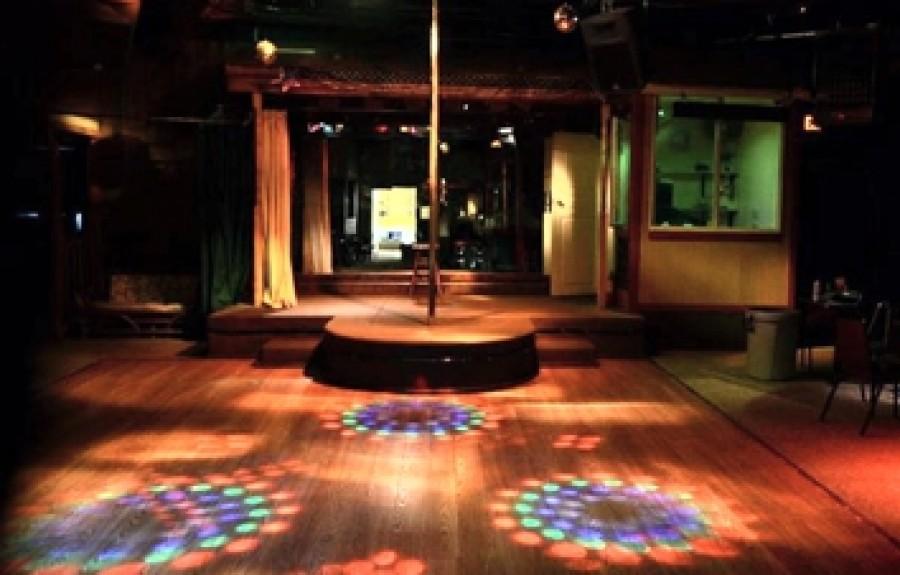 swinger clubs stories